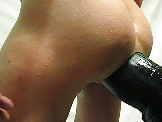 huge vibrator and finger my bottom
