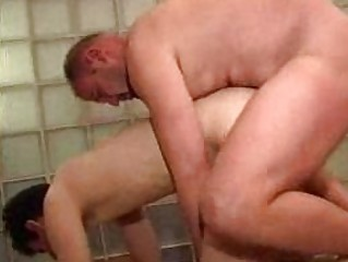 blond gay acquires his arse streched by fat hunk