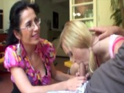 Mommy gives a hand to daughters bj