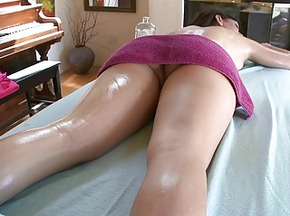 young chick massage