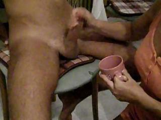 inexperienced handjob obtains those difficult