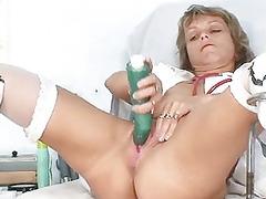 lean milf old medic toys her vagina on gynocha