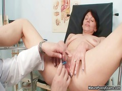 dirty mom takes her juicy kitty checked part6