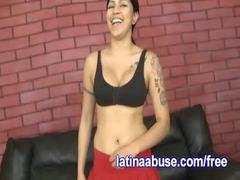 latino lesbo deepthroats two penises