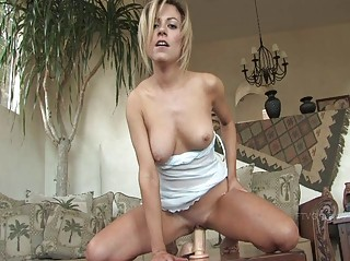 jodie sexy bleached angel posing nude and playing