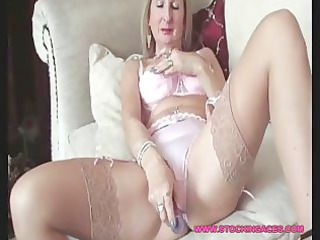mature stocking slut cave play