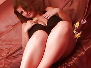 heavy glamurous angel goes naked and enjoys with