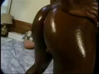older  brown keish has an oily huge booty anal