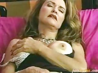 mature shaggy pussy